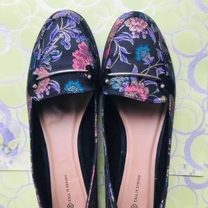 Embroidery Flats size 10 by Call It Spring